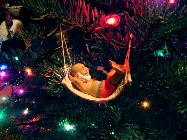 Relaxing Christmas, Elf Ornament