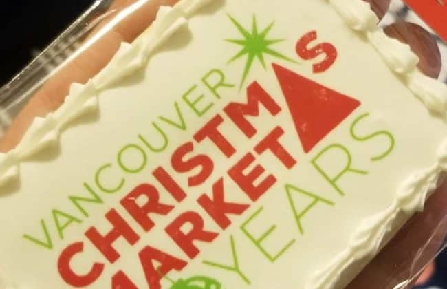 christmas market logo on cookie