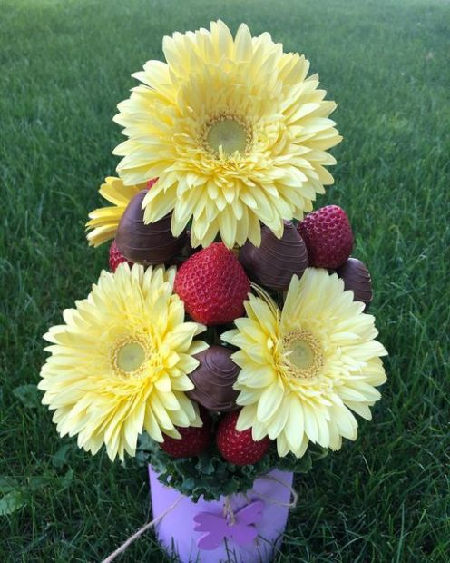 Fruit Affair - Custom Fruit bouquet business