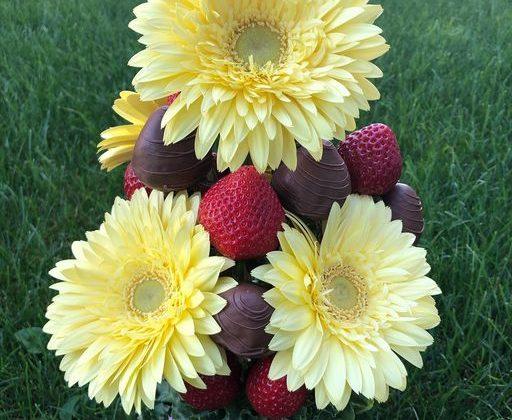 Fruit Affair - Custom Fruit bouquet business