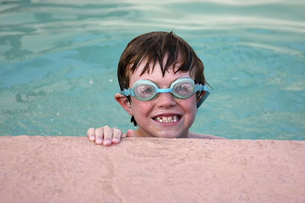 Keeping your eyes safe this summer - Image